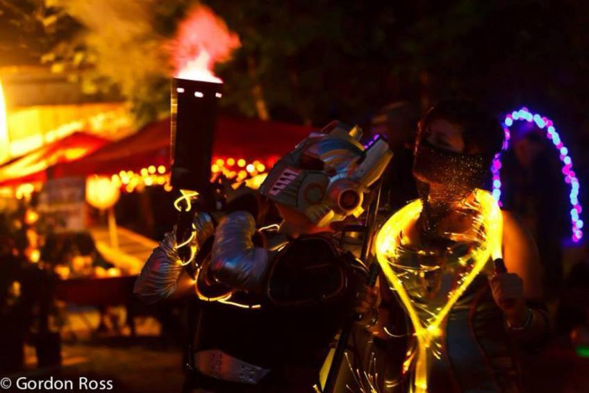 Robot costumes with CO2 blaster in Courtaney