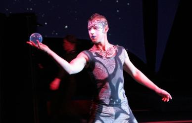 Circus performer does contact juggling in Vancovuer
