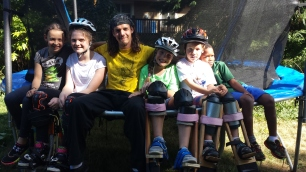 Circus camp in nanaimo with Stilting